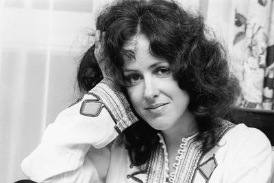 When Grace Slick Blasted Off During Jefferson Airplane Live Debut